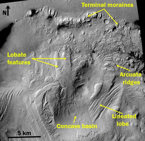 Image 1: Details of the lobate features, arcuate ridges and terminal moraines in the central mound of Gale.
